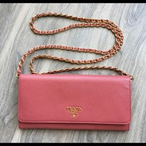 PRADA PINK SAFFIANO WALLET ON CHAIN